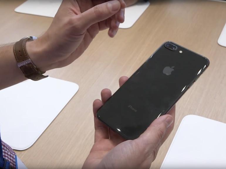 Auch das iPhone 8 besitzt eine Glasrückseite