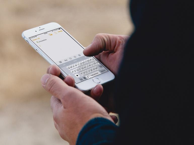 iOS 11: So nutzen Sie die neue Einhand-Tastatur am iPhone