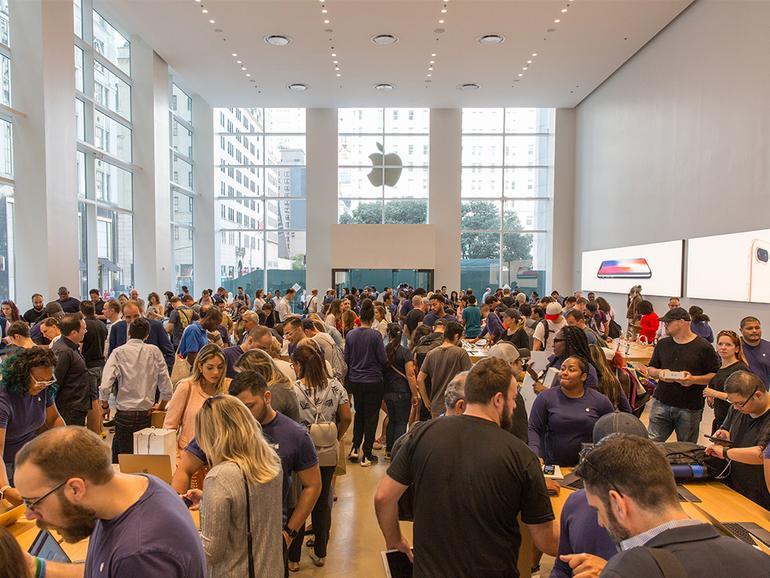 Ein gut gefüllter Apple 5th Avenue beim iPhone-8-Start