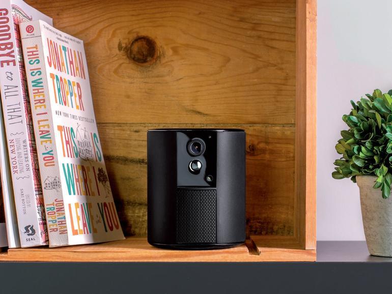 Das Design der Somfy One ist hochwertig und wohnlich.