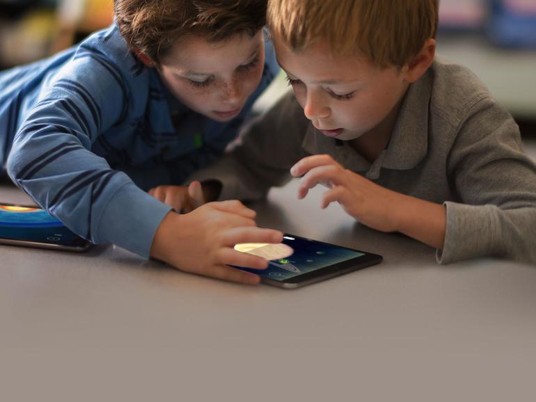 Tablet-Computer erlauben einen intuitiven Zugang zur Bildung und erfreuen sich daher hoher Beliebtheit.