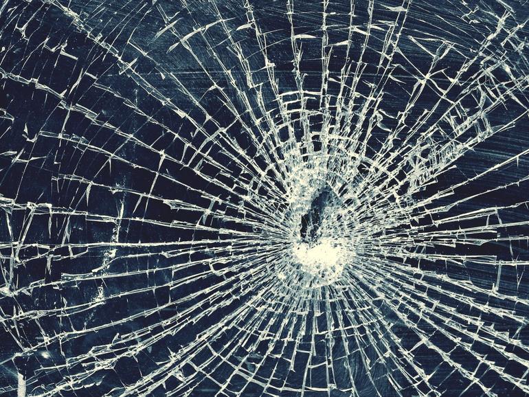Ein zerbrochenes Display ist bei einem Smartphone nicht nur ärgerlich, sondern auch teuer