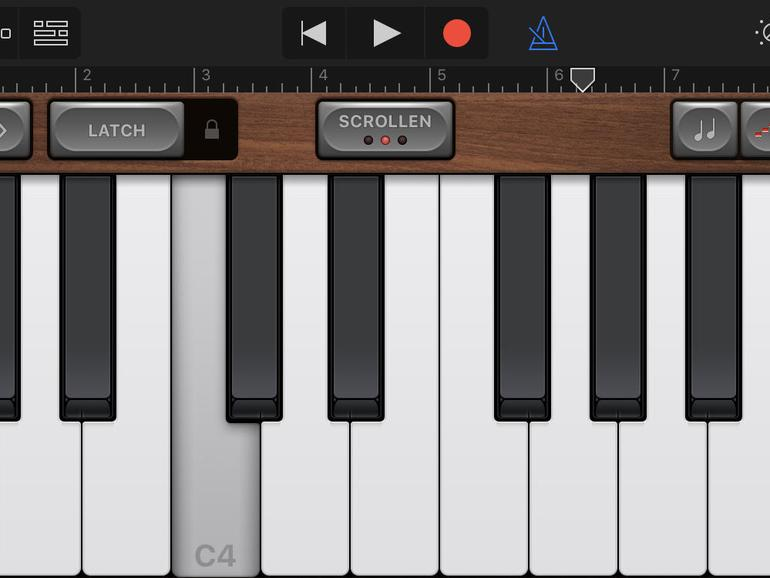 Selbst auf dem iPhone lässt sich mit Garageband gut musizieren.