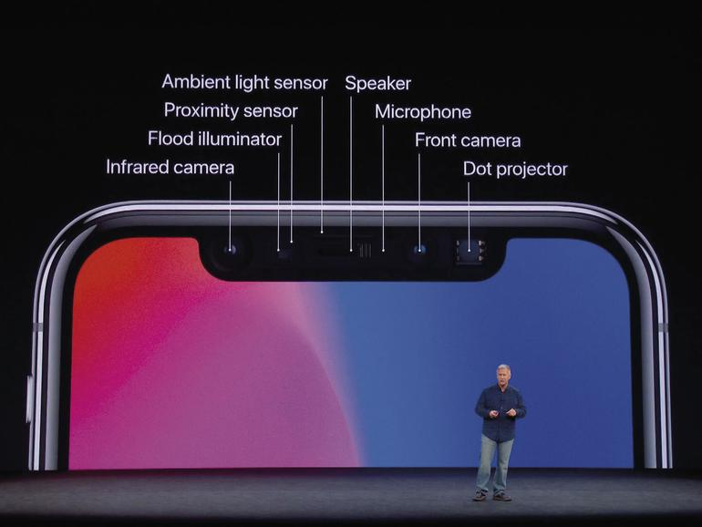 Apples Marekting-Chef Phil Schiller erklärt die Funktionen der TrueDepth-Kamera im iPhone X.
