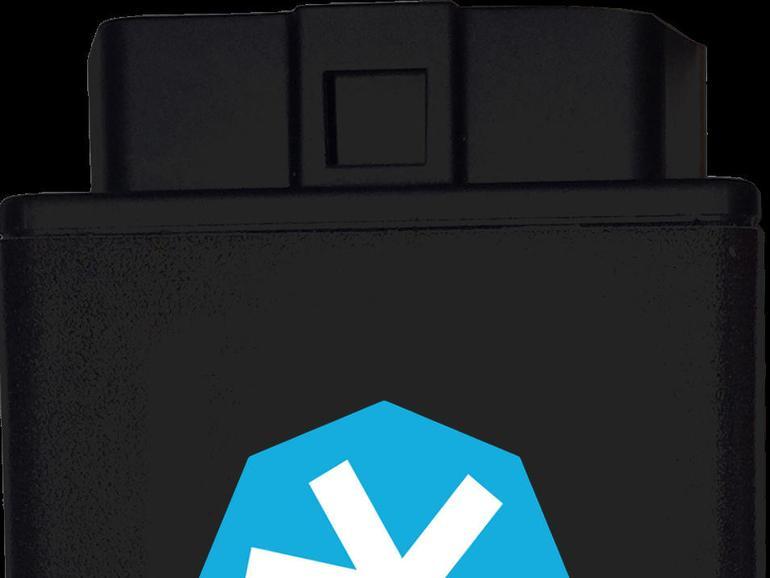 Der Stecker von TankTaler ist groß, allerdings ist in diesem auch eine SIM-Karte verbaut.