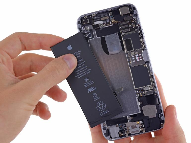 Akku tauschen beim iPhone
