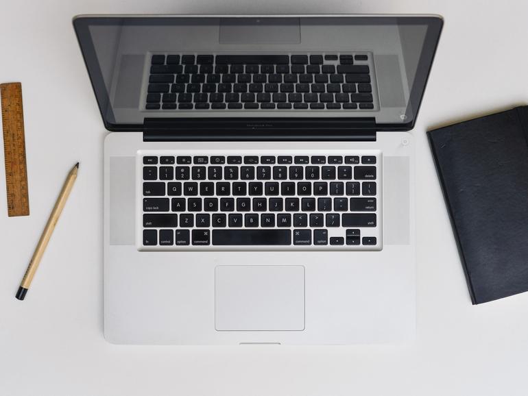 Dateien lassen sich am Mac auch ohne ziehen oder Kontextmenü löschen. Eine Tastenkombination reicht aus