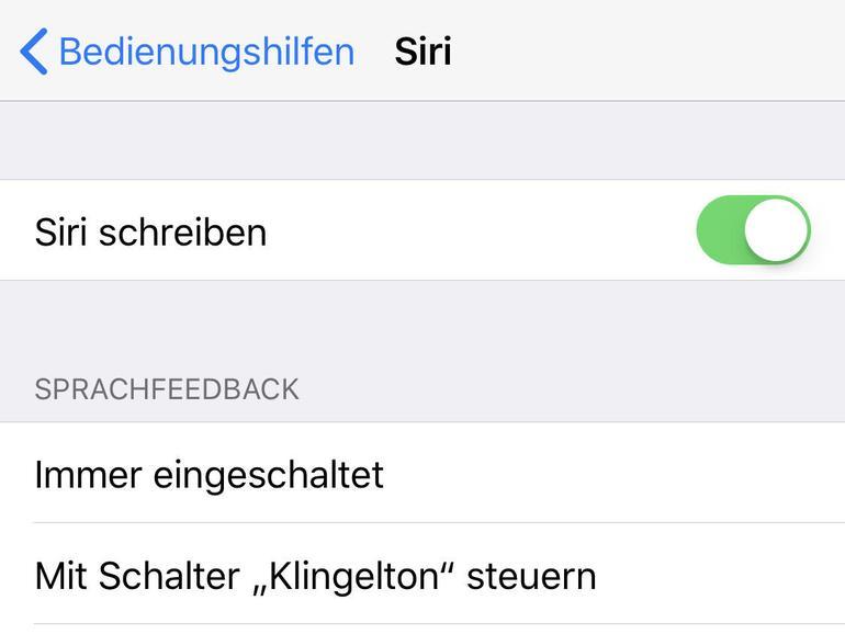 """Auch auf dem iPhone und iPad können Sie Siri schreiben: Sie aktivieren die Funktion in den """"Bedienungshilfen"""" der iOS-Systemeinstellungen."""