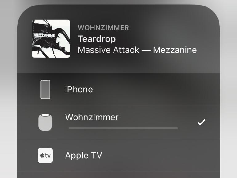 Die Wiedergabe auf dem HomePod lässt sich auch über das Kontrollzentrum und die Musik-App steuern.