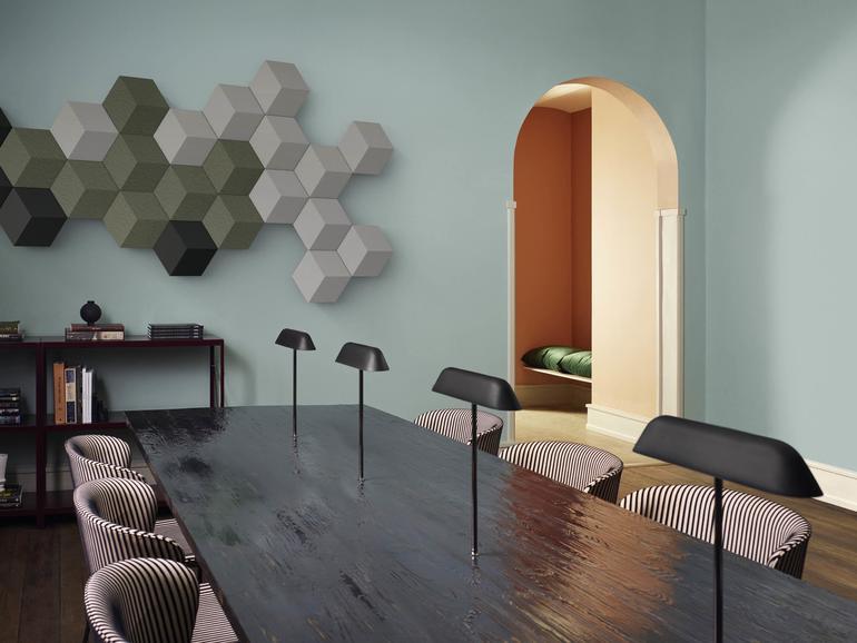 Mit dem Beosound-Shape-System werden Lautsprecher zur kunstvollen Wandverzierung.