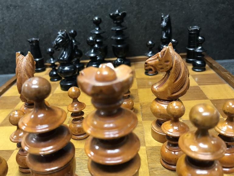 Klassische Eröffnung beim Schach