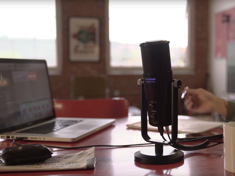 M-Audio Uber Mic im Test: Robustes Mikro für Podcaster am Mac