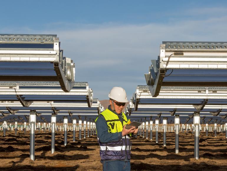 Eine Photovoltaikanlage in der Provinz Sichuan, China, trägt zum 100-Prozent sauberen Energieprofil von Apple bei.