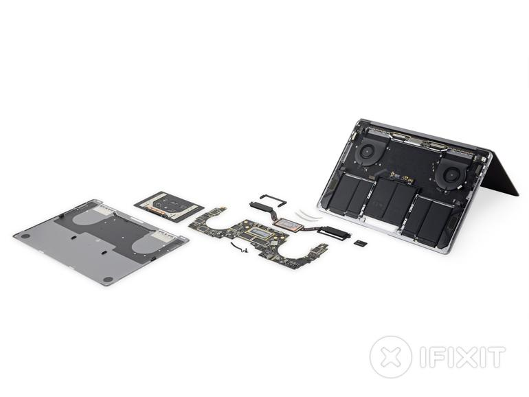 iFixit schraubt das neue MacBook Pro 2018 auf.
