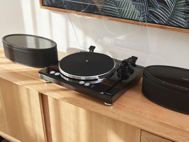 yamaha musiccast vinyl 500 wlan plattenspieler mit. Black Bedroom Furniture Sets. Home Design Ideas