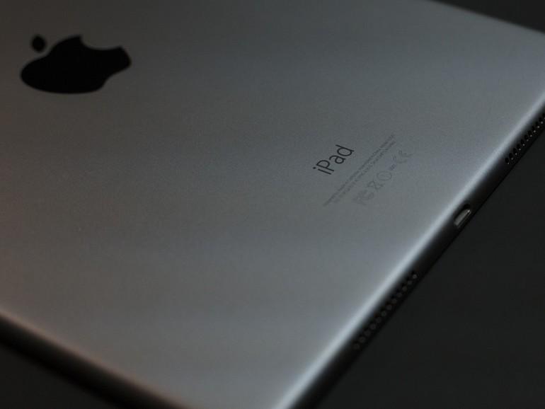 Auf der Rückseite des iPad kann man die Modellnummer ablesen