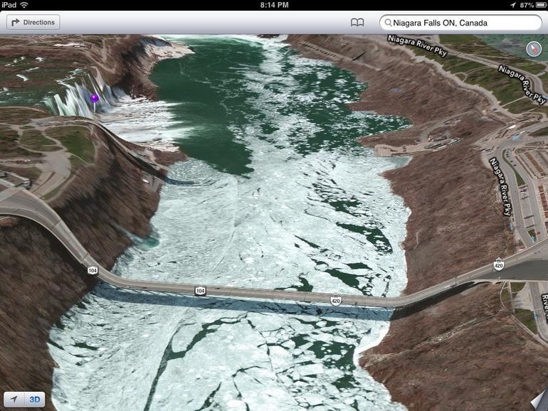 Niagara-Fälle mit Hängebrücke