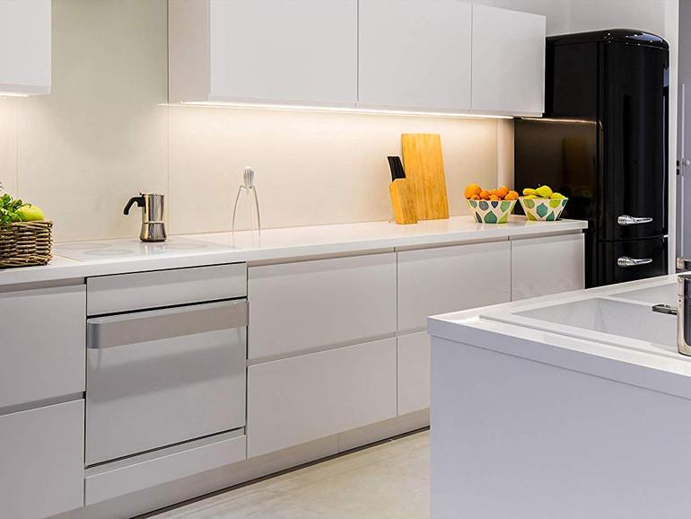 Passive Beleuchtung mit Eve Light Strip in der Küche