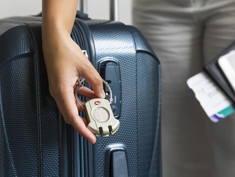 Das Reiseschloss Airbolt lässt sich per App öffnen.