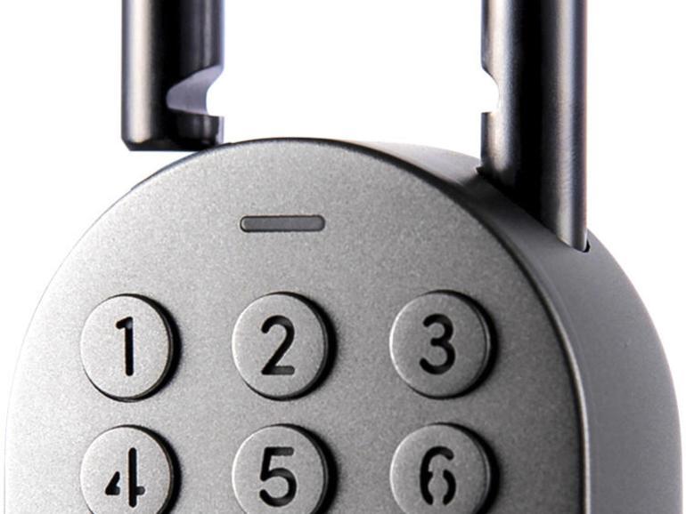 Das Smart Padlock lässt sich per Zahlencode und per Bluetooth mit dem iPhone entsperren.