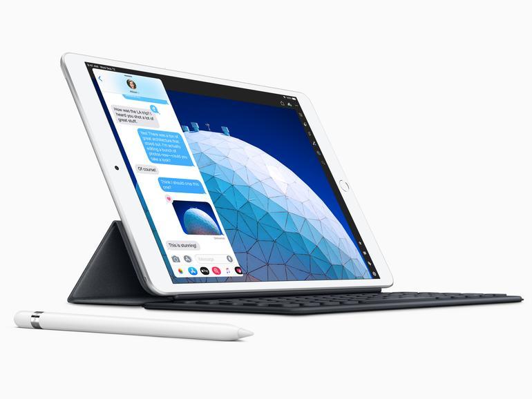 iPad Air 3 mit Pencil-Support und Smart Connector, über den sich Tastaturzubehör anschließen lässt.