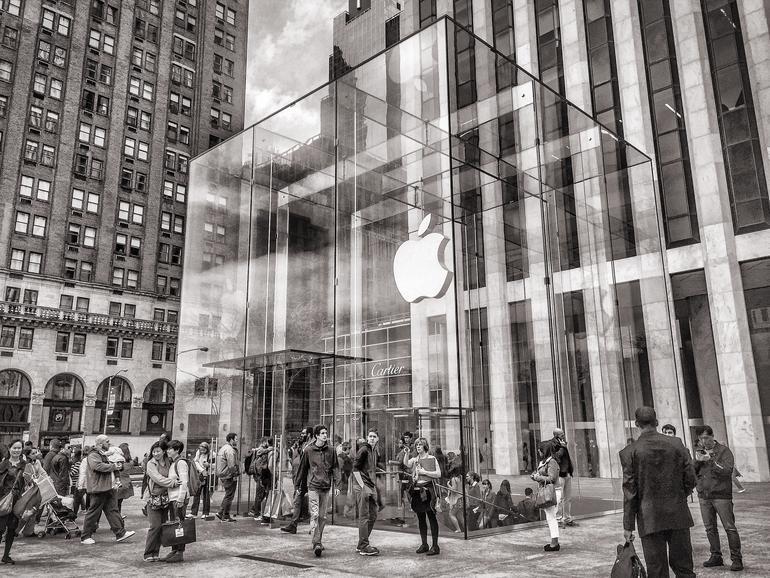 """Apple Store in New York hat ein Problem mit """"Bugs""""…"""