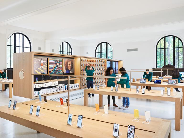 Der erste Stock der Apple Carnegie Library wie er heute aussieht.