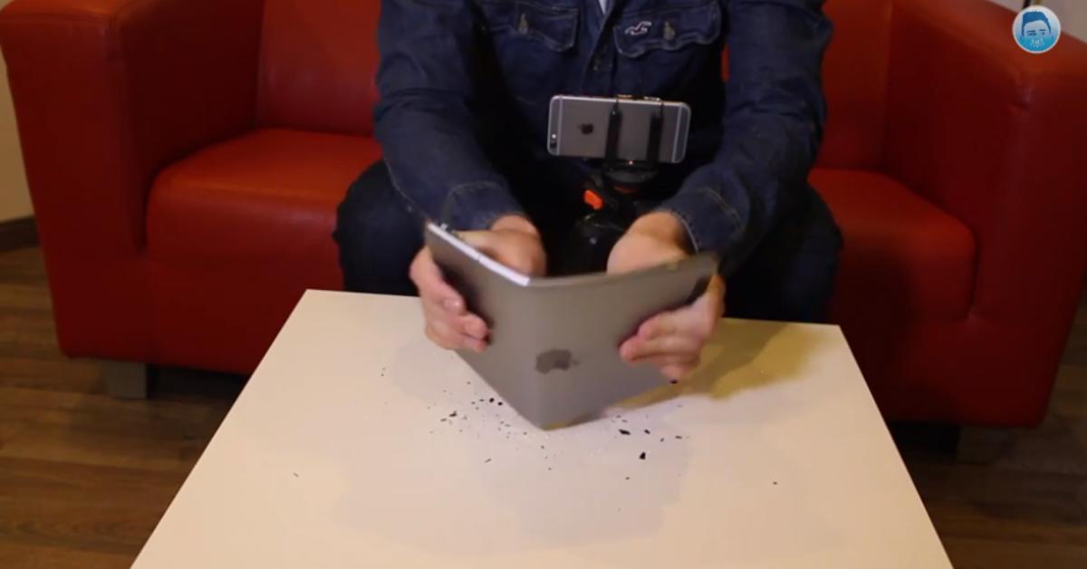 iPad Air 2 Bendgate: Auf Biegen und Brechen – Ein iPad biegt sich und die Welt schaut entsetzt zu