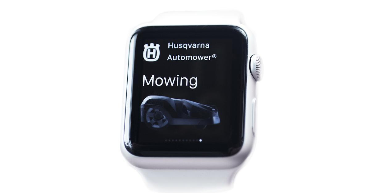 rasenm hroboter wird mit apple watch gesteuert mac life. Black Bedroom Furniture Sets. Home Design Ideas
