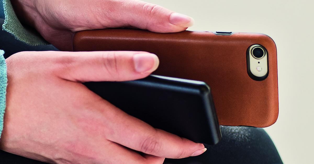 iphone 7 schon jetzt kabellos laden mophie stellt stilvolle schutzh lle vor mac life. Black Bedroom Furniture Sets. Home Design Ideas