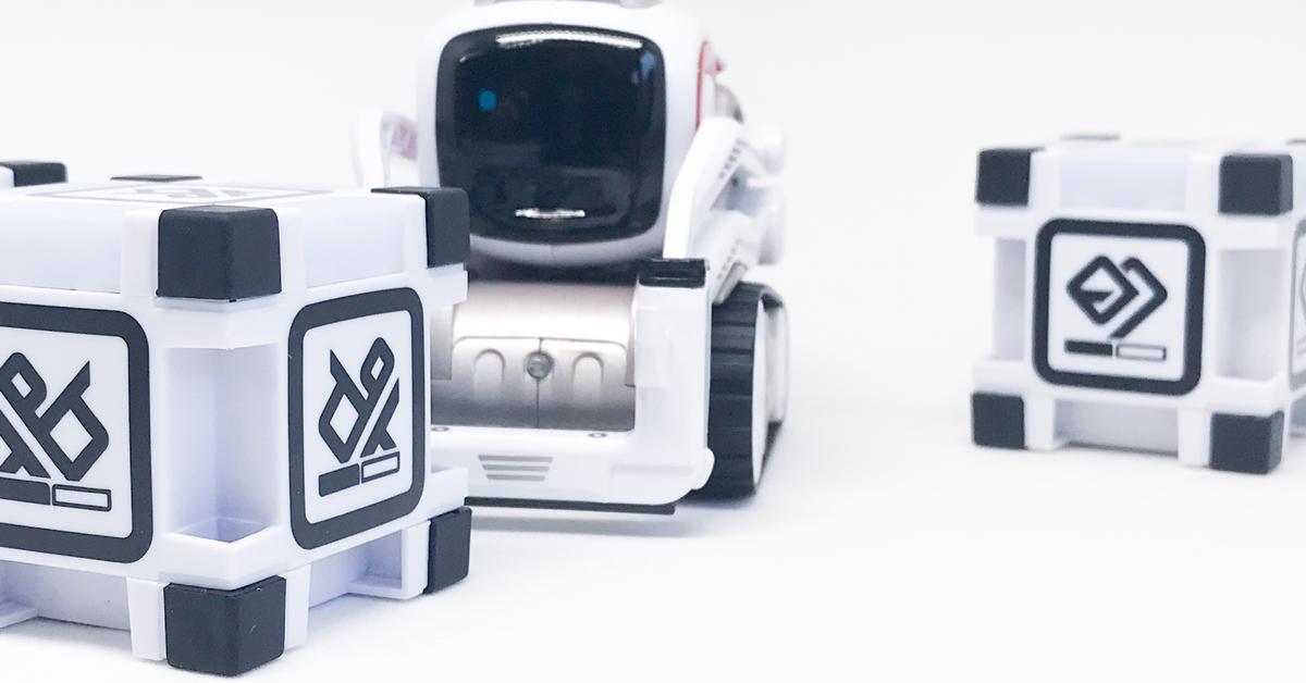 test anki cozmo der charmante iphone roboter mac life. Black Bedroom Furniture Sets. Home Design Ideas