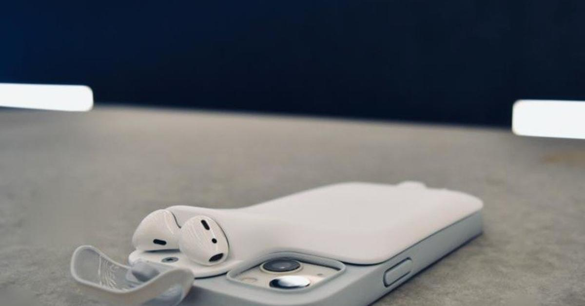Power1: Geniale iPhone-13-Hülle, die auch deine AirPods lädt   Mac Life