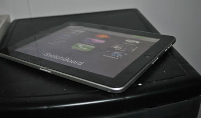 iPad-Prototyp mit zwei Dock-Anschlüssen taucht auf eBay auf