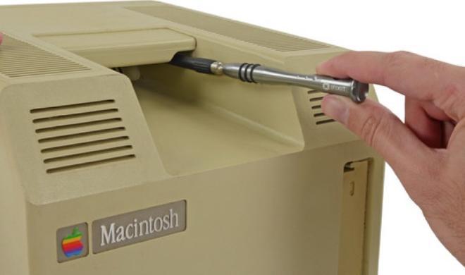 30 Jahre Mac: iFixIt zerlegt Macintosh 128k