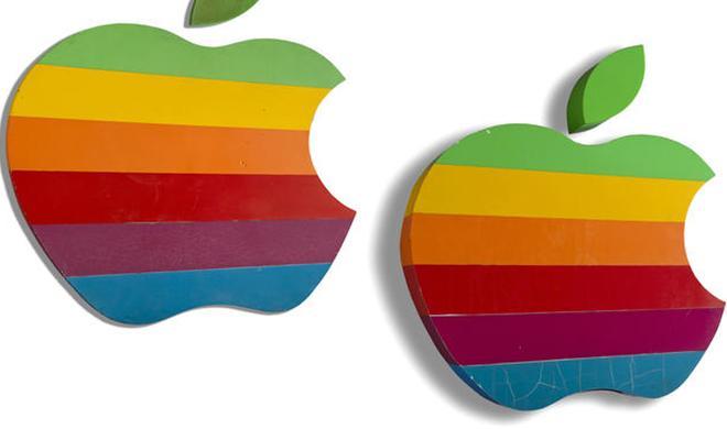 """Der """"Regenbogen-Apfel"""": Ein Stück Apple-Geschichte wird versteigert"""