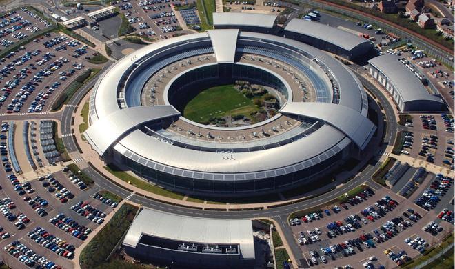 Zerstörtes MacBook Air der Zeitung The Guardian: Was wollte der Geheimdienst verstecken?