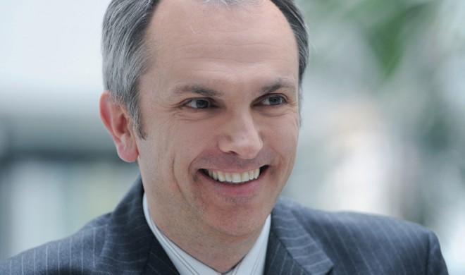 Apples neuer CFO: Luca Maestri bekommt eine Million US-Dollar Gehalt im Jahr