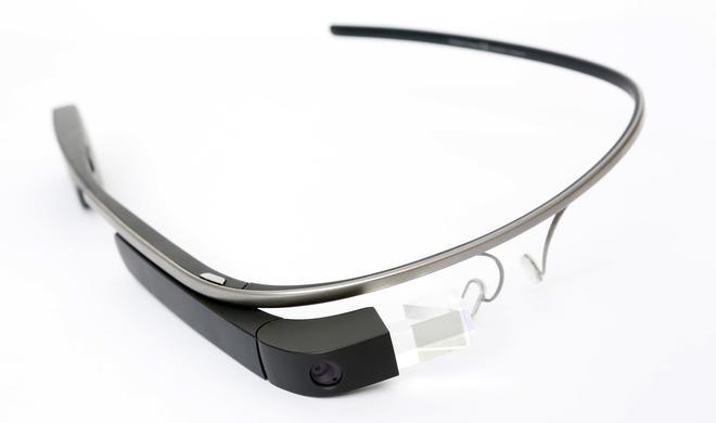 """Eric Schmidt: Google Glass noch nicht tot - Datenbrille wird derzeit """"für Nutzer fertig gestellt"""""""