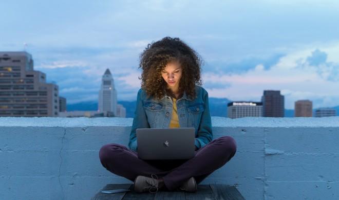MacBook: Apple zwingt Käufer zur teuren Anschaffung kabelloser Geräte - kabelgebundene Geräte sehen alt aus