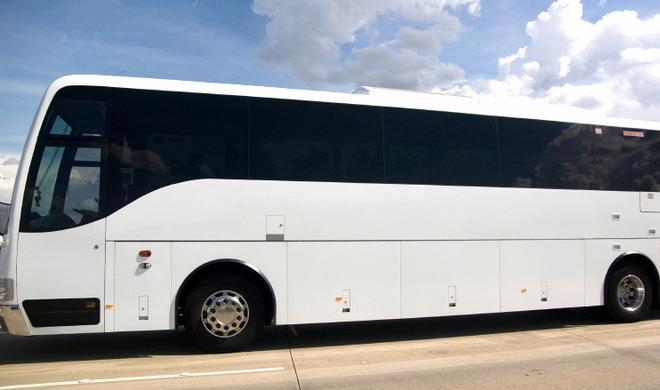 Apple erhöht Lohn seiner Shuttle-Bus-Fahrer um 25 Prozent