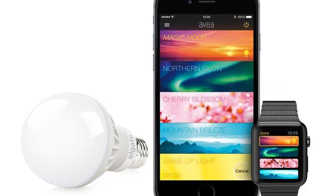 Smart Home: Elgato Avea-Stimmungsglühbirne bequem vom Sofa aus über Apple Watch steuern