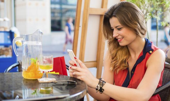 Werbefinanzierte Apps verkürzen Akkulaufzeit und zehren am Datenvolumen
