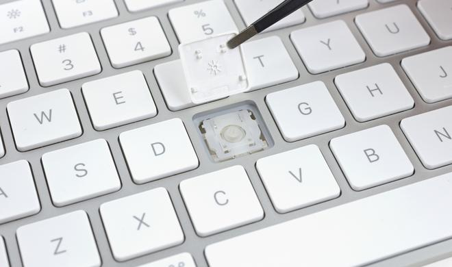 iFixit knackt Magic Mouse 2, Keyboard und Trackpad 2