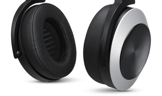 Erster Kopfhörer mit Lightning-Anschluss im Apple Store