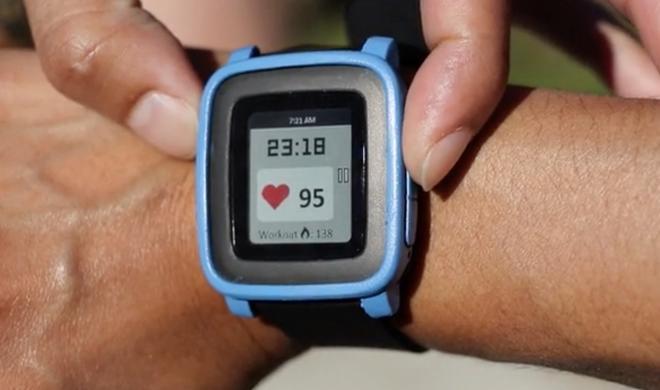 Pulssensor für die Pebble Time zum Überziehen