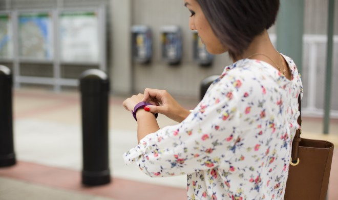 Fitnesstracker statt Schwangerschaftstest: Fitbit gibt Hinweis auf Schwangerschaft