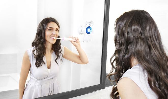 MWC 16: Oral-B-Zahnbürste mit App soll Zähneputzen revolutionieren