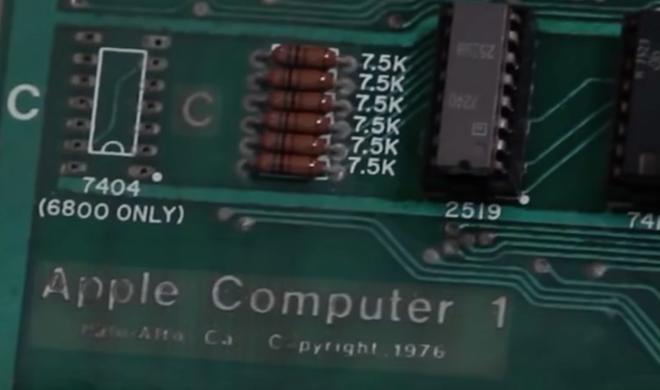 Seltener Apple-1 für 815.000 Dollar versteigert