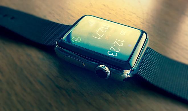 Versicherung stattet bis zu 50.000 Mitarbeiter mit Apple Watch aus