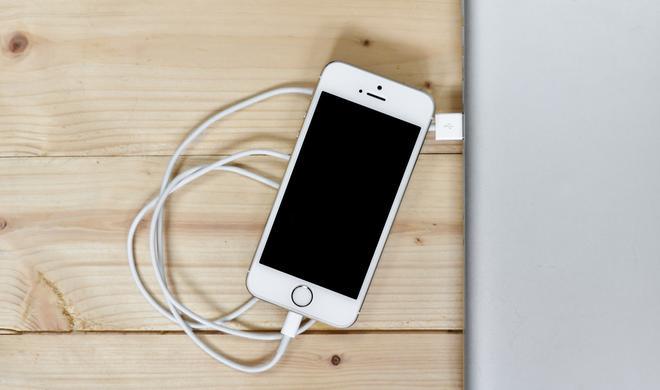 Drahtloses Laden für iPhone 8 steht auf der Kippe